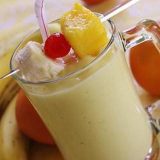 Mango-Banana Smoothie.