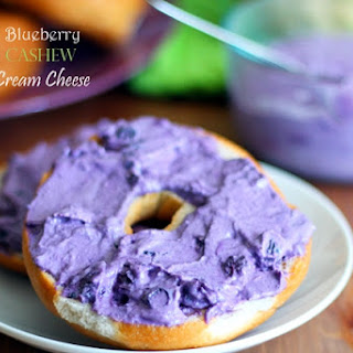 "Blueberry Cashew ""Cream Cheese"""
