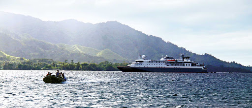 Silver_Discoverer_tender - Travelers leave Silver Discoverer to visit the isolated shores of the Pacific.