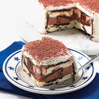 Peanut Butter-Chocolate Cookie Ice Cream Cake