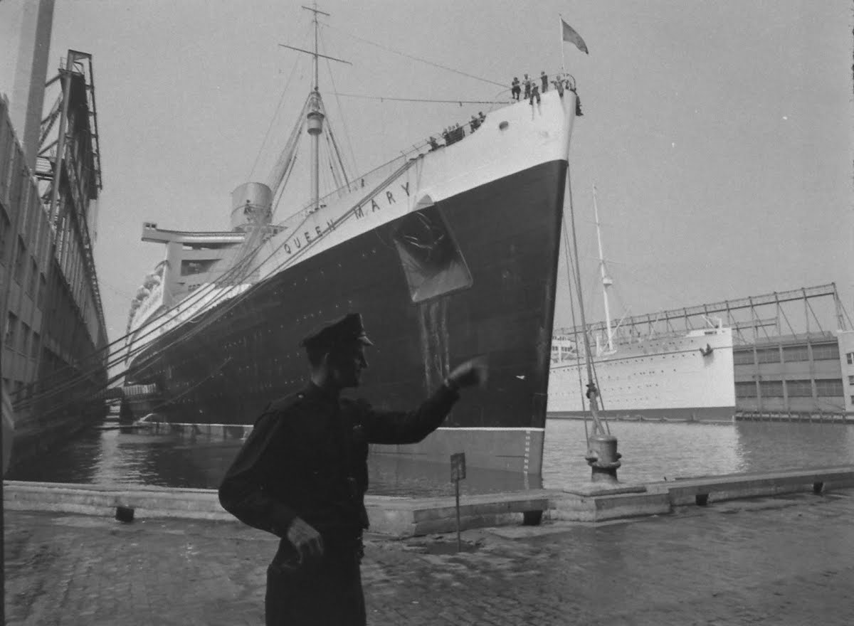 Ss Queen Mary Arrives Ny After Declaration Of War