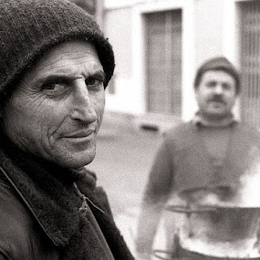 Sellers of roasted chestnuts  by Pier Riccardo Vanni - People Street & Candids (  )