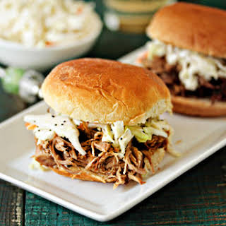 Easy Crockpot Pulled Pork.