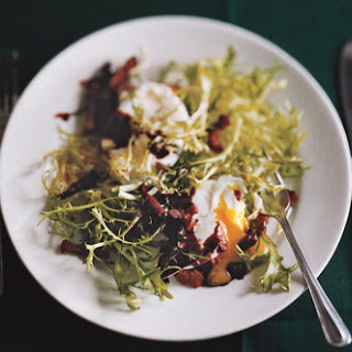 Warm Frisée-Lardon Salade with Poached Eggs in Red-Wine Sauce