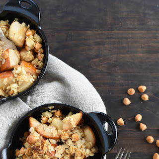 Pear Crisp with Butterscotch Macadamia Topping