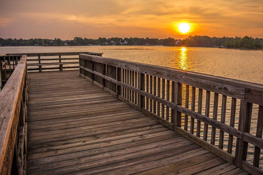 Lake Pier by Naresh Balaguru - Landscapes Sunsets & Sunrises ( sunset, lake )