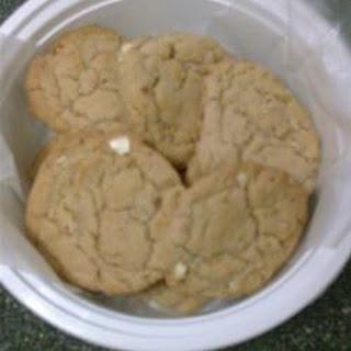 Crispy Orange-Almond Cookies