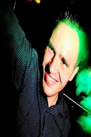 DJ BRAD PHILLIPS