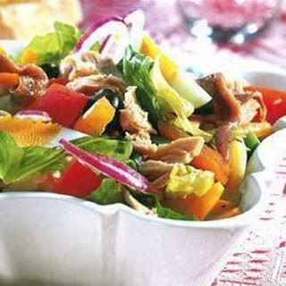 Salade Niçoise.