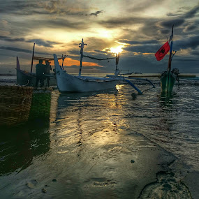 Perahu by Budi Wahono - Instagram & Mobile Android (  )