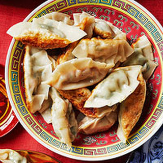 Chinese Dumplings with Edamame & Shiitake Filling