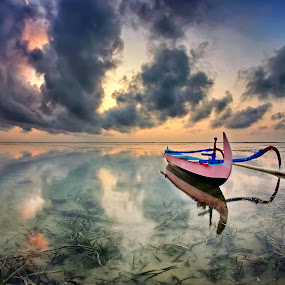 The Boat and Cloud by Arya Satriawan - Landscapes Sunsets & Sunrises ( clouds, bali, nature, national geographic, sunrise, boat, landscape,  )