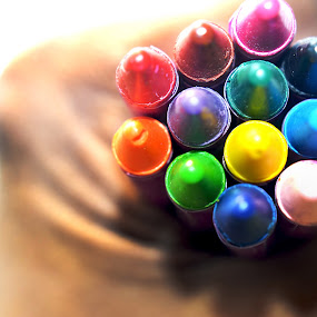 A life with these colors... by Abhijeet Kumar - Artistic Objects Education Objects ( depth of field photos, colors, colors pencil, dof )