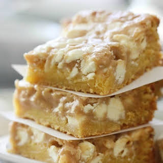 Gooey White Chocolate Fluffernutter Cake Bars.