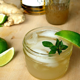 Whiskey Ginger with Lime.