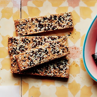 Crunchy Cashew-Sesame Bars