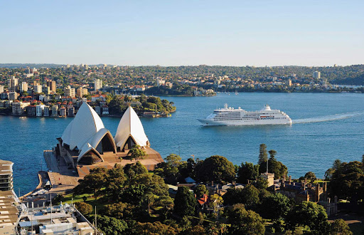 Silver_Shadow_in_Sydney - Silver Shadow calls on Sydney, one of the more popular Silversea itineraries.