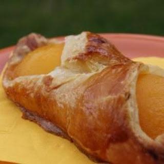 Peach turnovers (Chausson aux pêches)