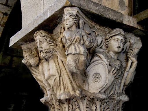 pillar-pisa-italy - Pillar in Pisa, Italy.