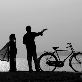 The couple. by Debasish Naskar - Black & White Portraits & People