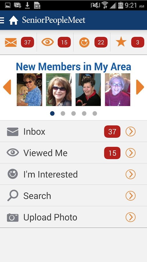 Older individuals meeting on dating apps