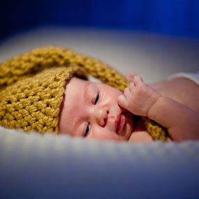 Rebeca by Ciprian Alin - Babies & Children Babies ( canon, 5d mark ii, rebeca )
