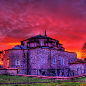 belari2 ngan aniq n aiman  kejar sunset, plan nak pegi tepi pantai, terjumpe masjid yg cantik n background blakang yg cantik. by Sifu  Azri  - Buildings & Architecture Public & Historical