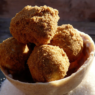 White Chocolate-Speculoos Truffles.