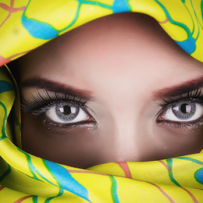 SUMMER EYES by William Ay-Ay - People Portraits of Women