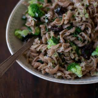 Broccoli Pesto & Fusilli Pasta.
