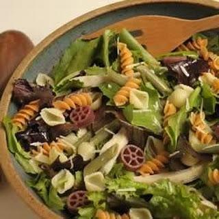 Wacky Mac®, Chicken and Greens Salad