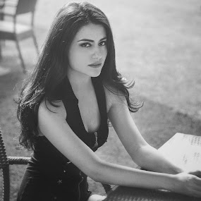 The eyes of you by Aprian Wardana - People Portraits of Women ( model, black and white, casual, mood, women, potraits )