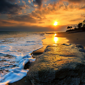 Munjuk Asem by Gus Mang Ming - Landscapes Beaches ( #bali #sunset #beaches #sun #yellow,  )
