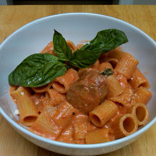 Rigatoni with Spicy Sausage in a Tomato Cream Sauce