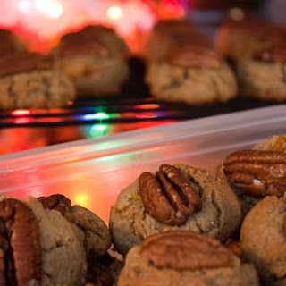 Apricot-Pecan Cookies