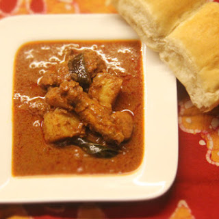 Kerala-Style Chicken (Nadan Khozi Curry).