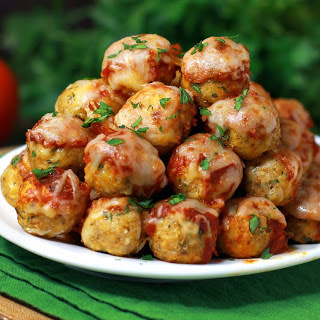 Chicken Parmesan Meatball Poppers.