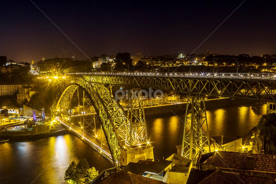 Luis I bridge (Oporto) by Jose Moreira - Buildings & Architecture Bridges & Suspended Structures ( oporto, bridge, portugal, porto, , city at night, street at night, park at night, nightlife, night life, nighttime in the city )