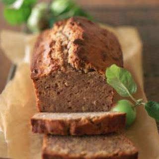 Applesauce Spice Loaf Cake