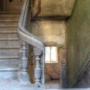 Half-Stairs.jpg