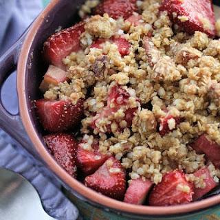 Gluten-Free Strawberry Rhubarb Crisp-Crumble