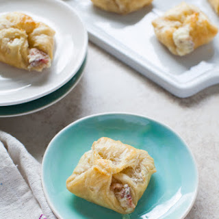 Orange Marmalade Garlic & Herb Cheesy Appetizer Puffs with Bacon