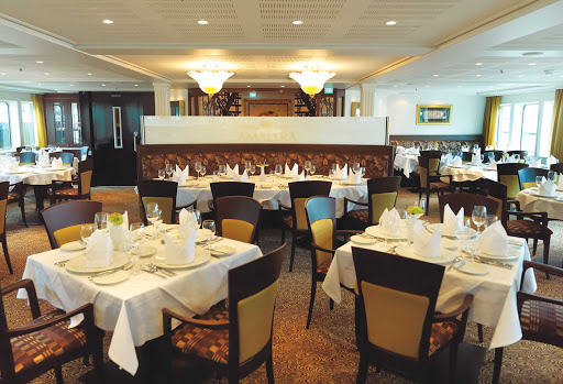 AmaLyra-Restaurant-Sitting-Area - You'll enjoy the elegant atmosphere and fresh regional cuisine in AmaLyra's restaurant during your European voyage.