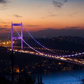 Entering the dark by AhMet özKan - Buildings & Architecture Bridges & Suspended Structures ( canon, bosphorus, night, nightview, bridge, istanbul, turkey, turkiye )