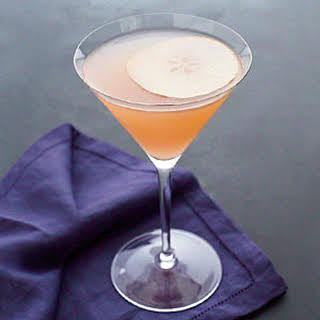 Fresh Pear Cocktail.