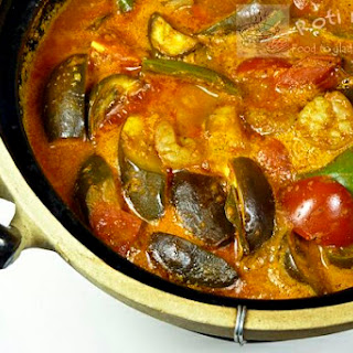 Shrimp and Eggplant Curry and CSN Giveaway Winner