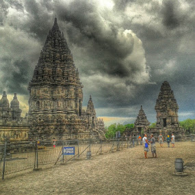 Prambanan by Windu Fidyanto - Buildings & Architecture Statues & Monuments