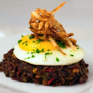 Roast Beef Hash With Crispy Onions