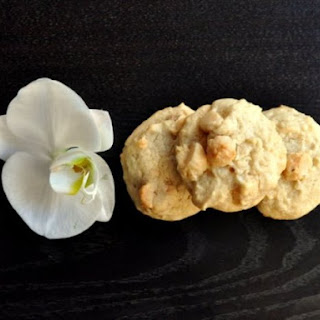 Macadamia Cream Cheese Cookies