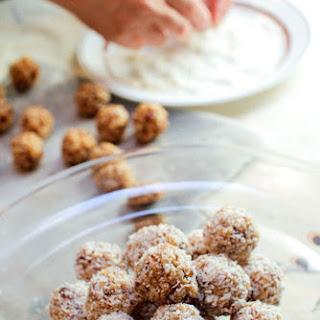 Bibis' Krispy Date Balls